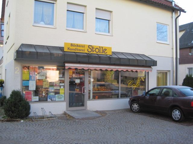 1983: Eröffnung der ersten Filiale in Baltmannsweiler durch Übernahme der Bäckerei Rentschler